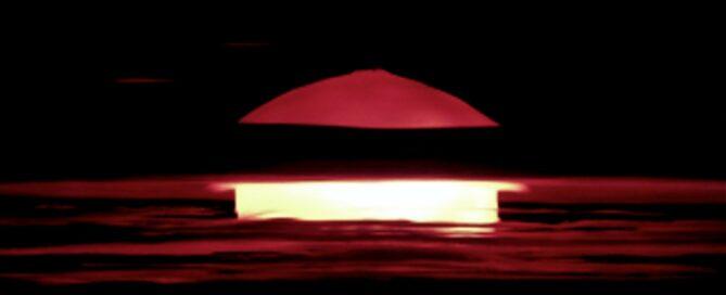 Jak przeżyć wybuch bomby atomowej - grafika