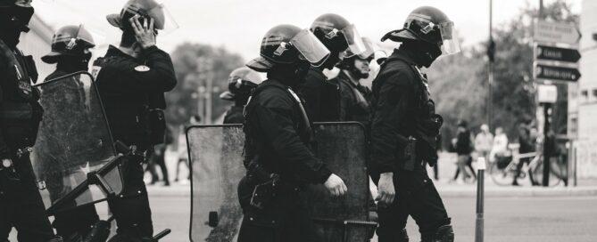 bezpieczeństwo podczas demonstracji